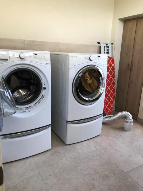 Área de lavandería casa Santa Inés