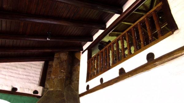 Tumbados sala principal casa hacienda pasochoa sangolquí