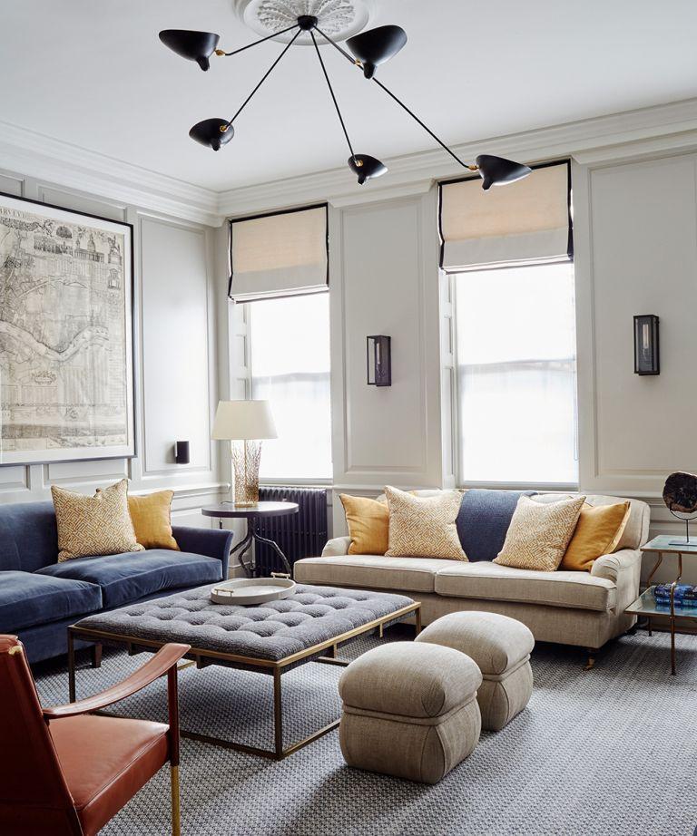 Piso del apartamento llano y sencillo