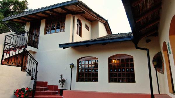 Hacienda Cotacachi FrontF